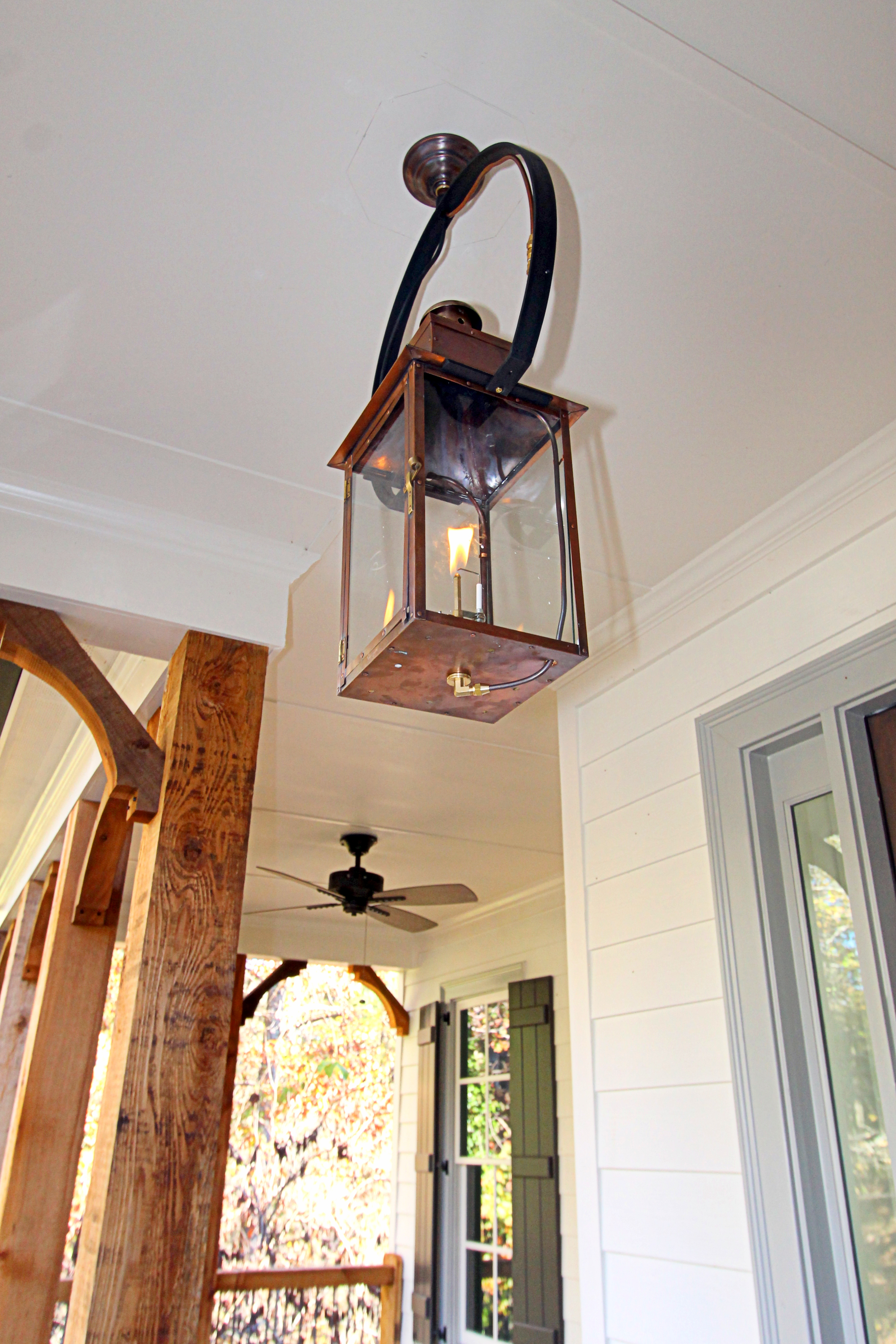 Woodbury_Frontporch_Light_1