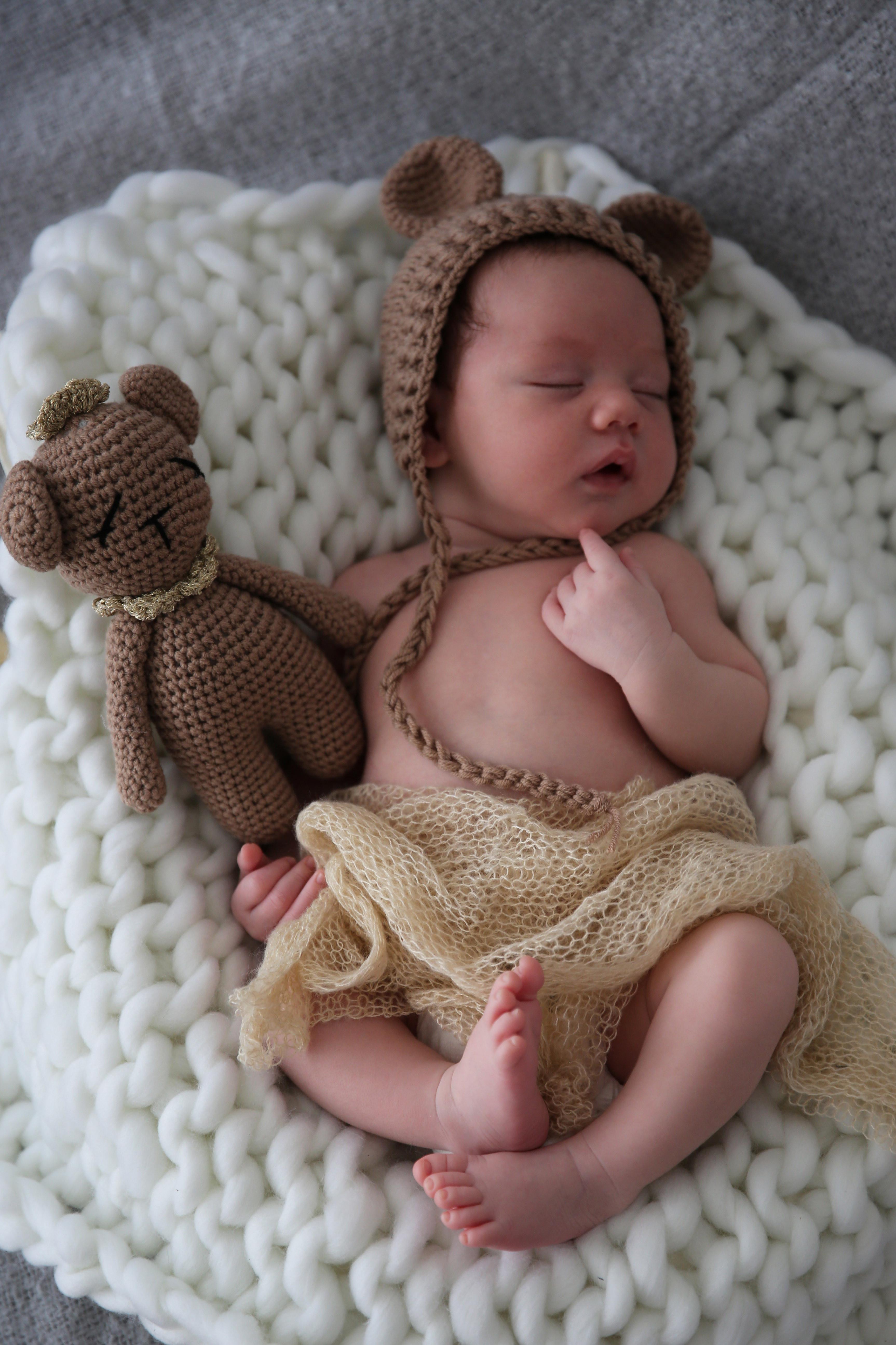 Bébé + parents + 1 enfant