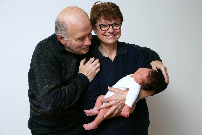 Bébé avec les parents