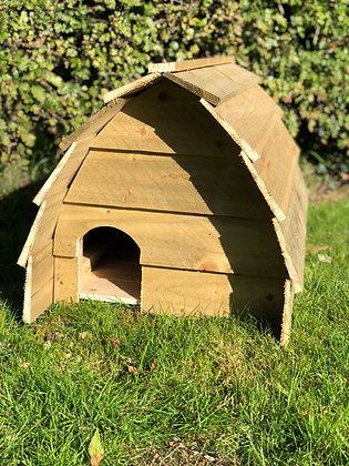 Sevenoaks Hedgehog House MK1