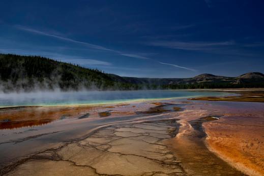 Yellowstone geology 3 sml.jpg
