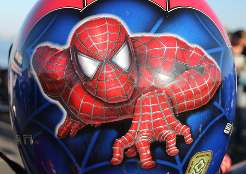 Spider Man helmet design