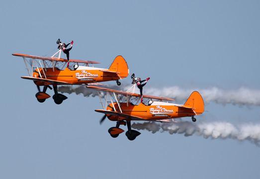AeroSuperBatics Wingwalkers - Boeing Stearman
