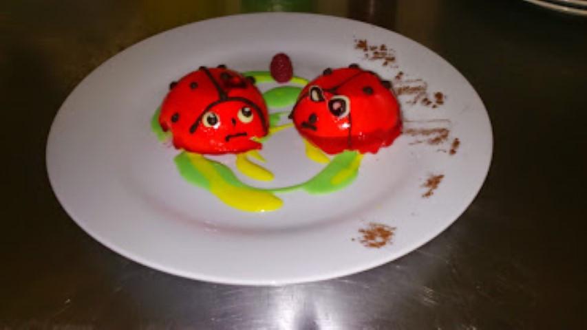 duo d'amoureux, fraise des bois et mascarpone (Small).JPG