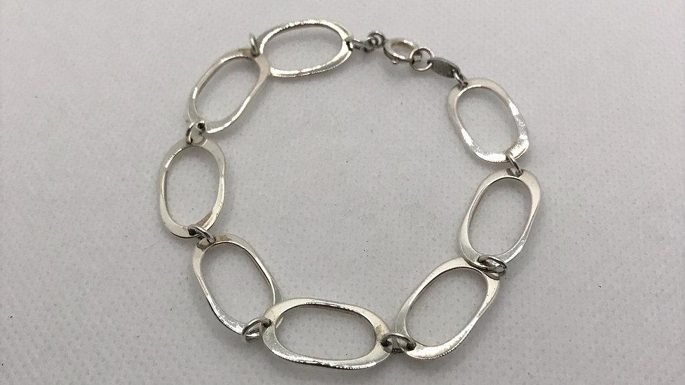 Danielle Bracelet - Chunky Silver Oval Lins Bracelet