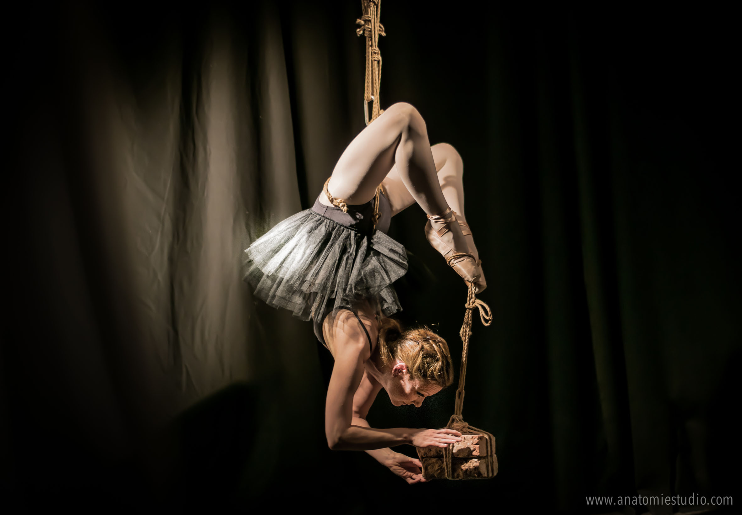 "Rope performance ""Dr Coppelius 1"""