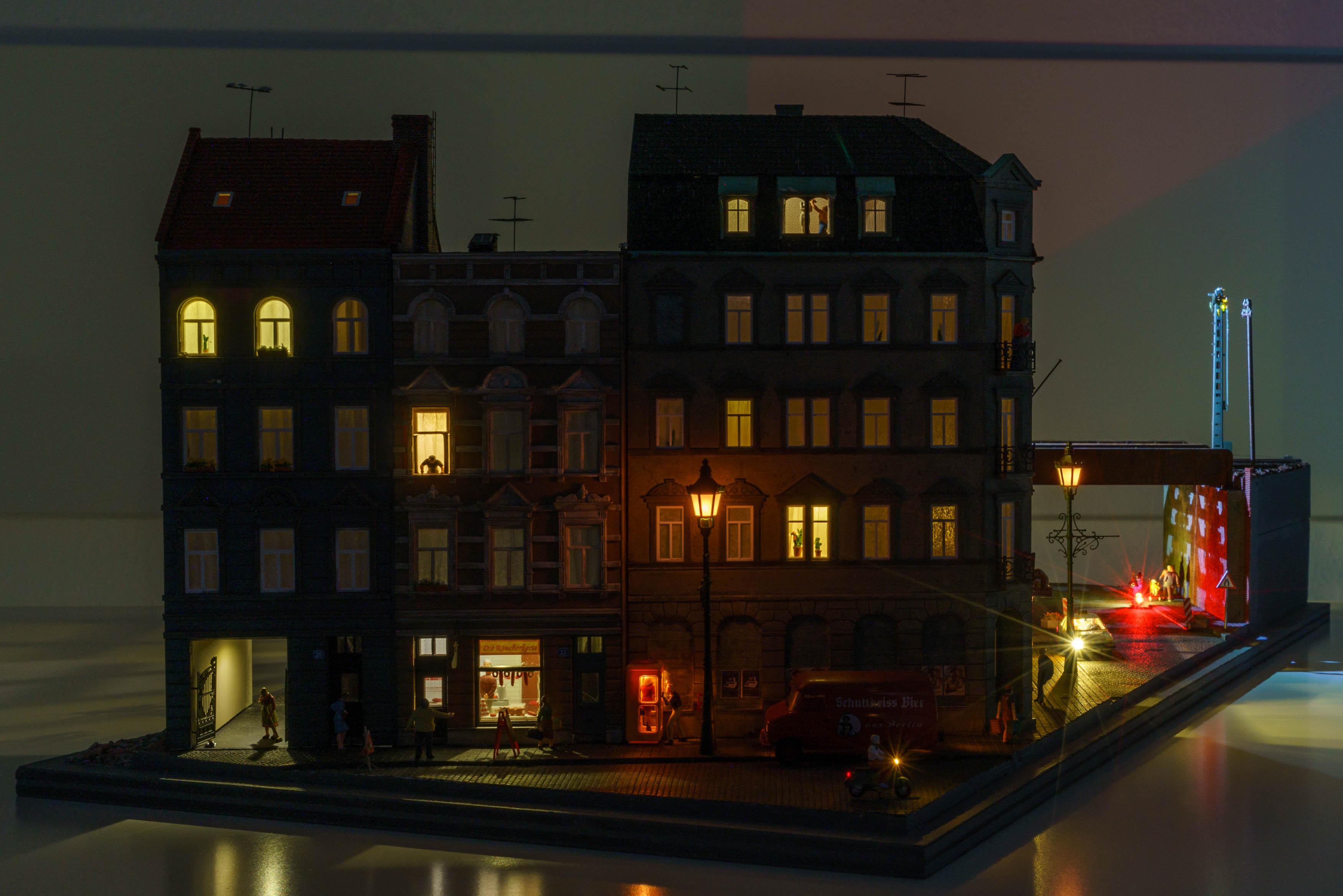 modellinghour.com_Auhagen02