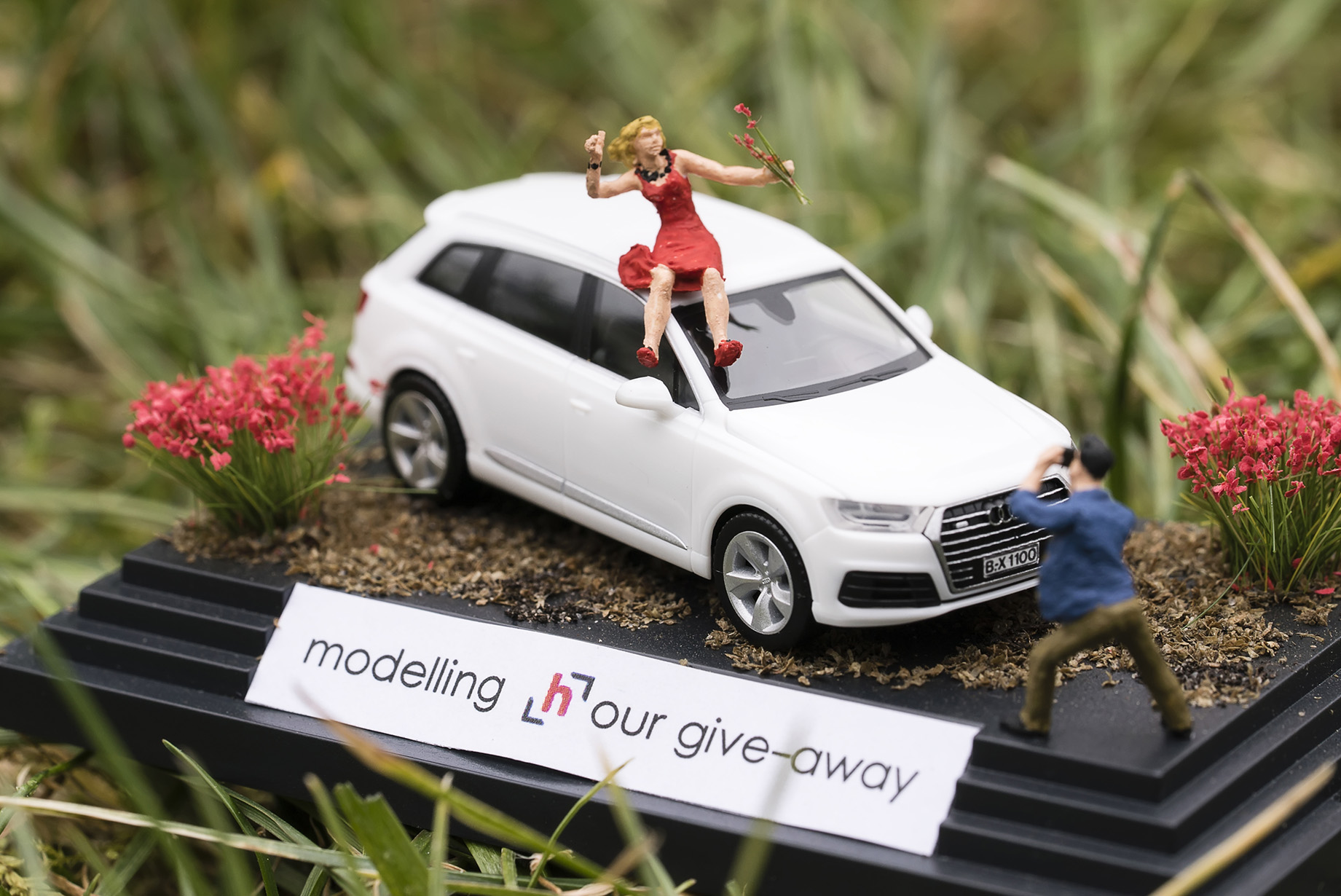 modellinghour.com - mini-model - 02-01