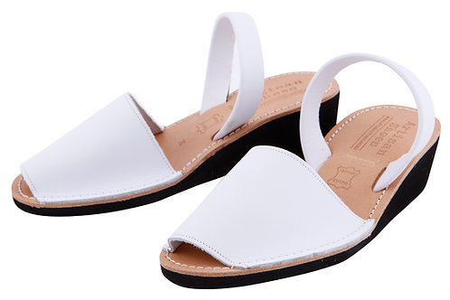 Avarca wedge sandals - white leather
