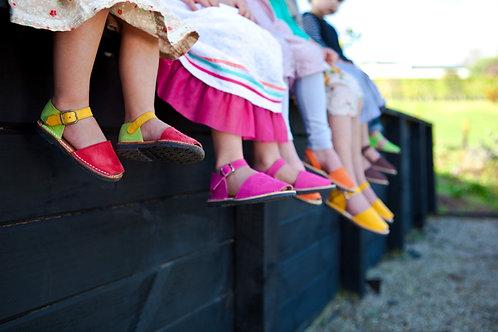Children's buckle - multicoloured nubuck