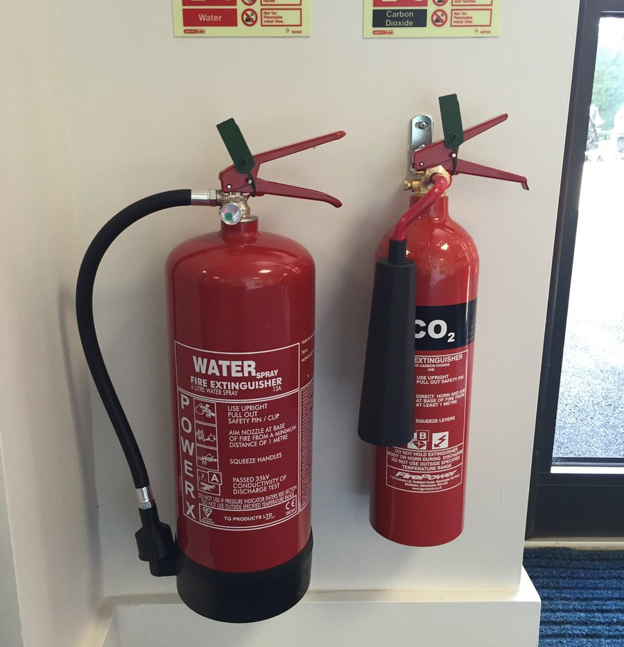 FIRE EXTINGUISHER INSTALLATION IN BUSINE
