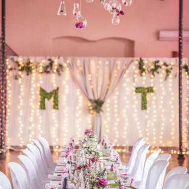 décoration arrière des mariés
