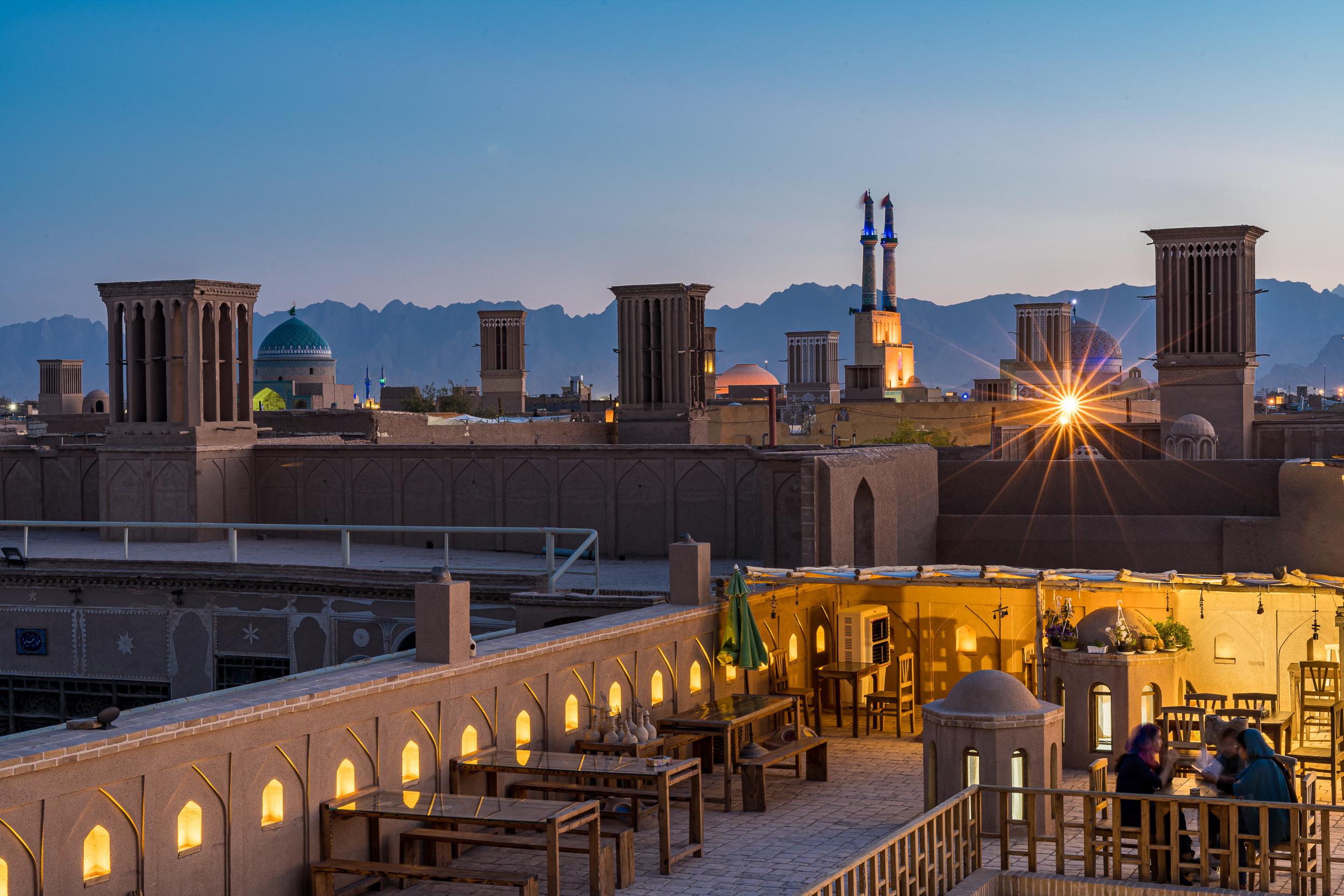 ┬® Mehran Khadem-Awal - Yazd - U╠êber de