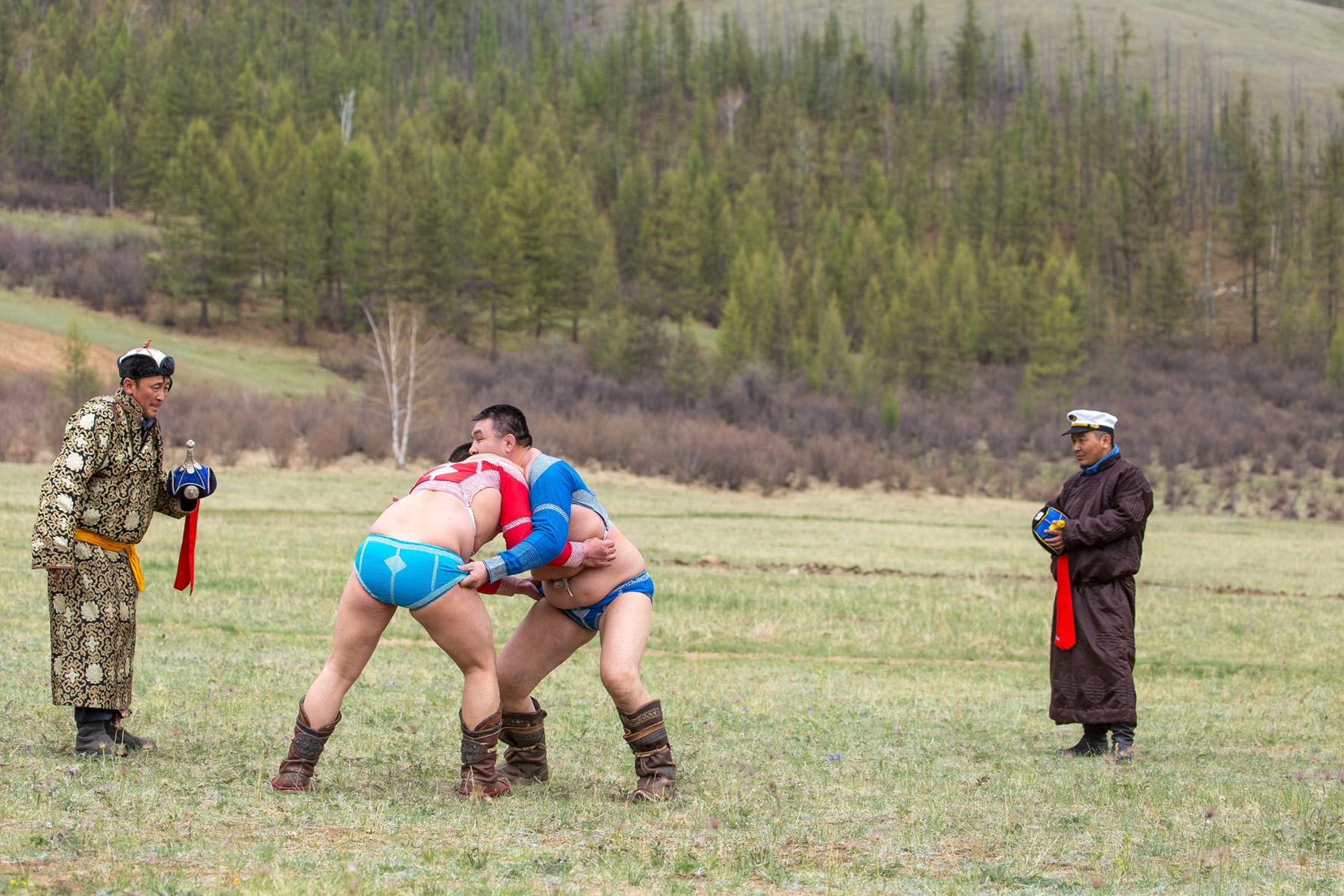 Transsib_mongolischer Ringkampf