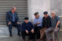Sardinien_Männer_und_Piazza