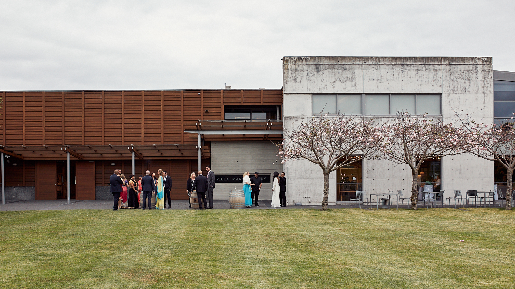 guests outside wedding venue
