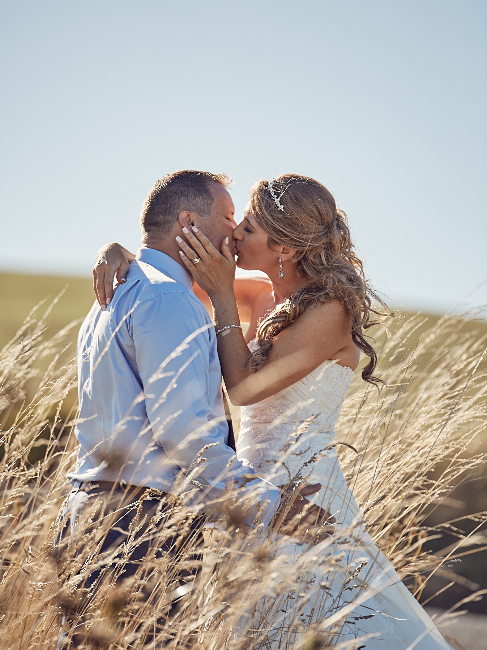wedding photography in long grass