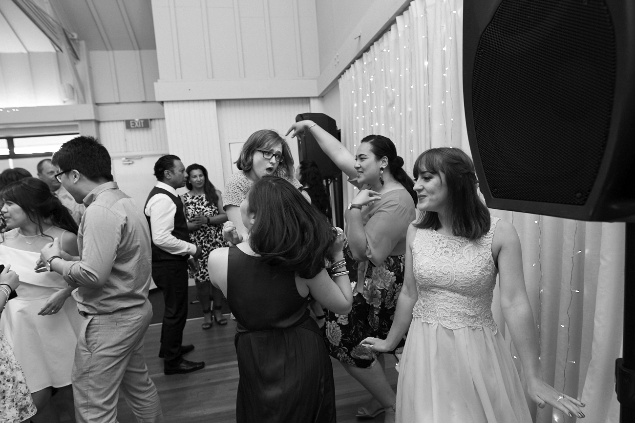 Wedding photographers Five Knots