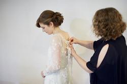 mum helps bride