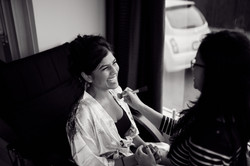 Make up time for the bride