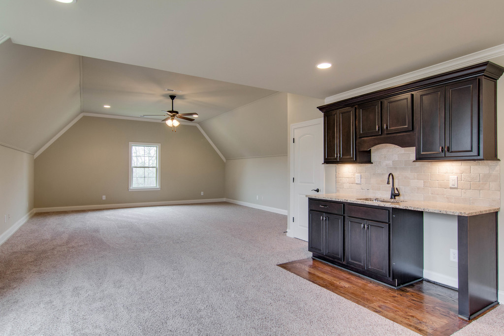 game room-wet bar-182AR