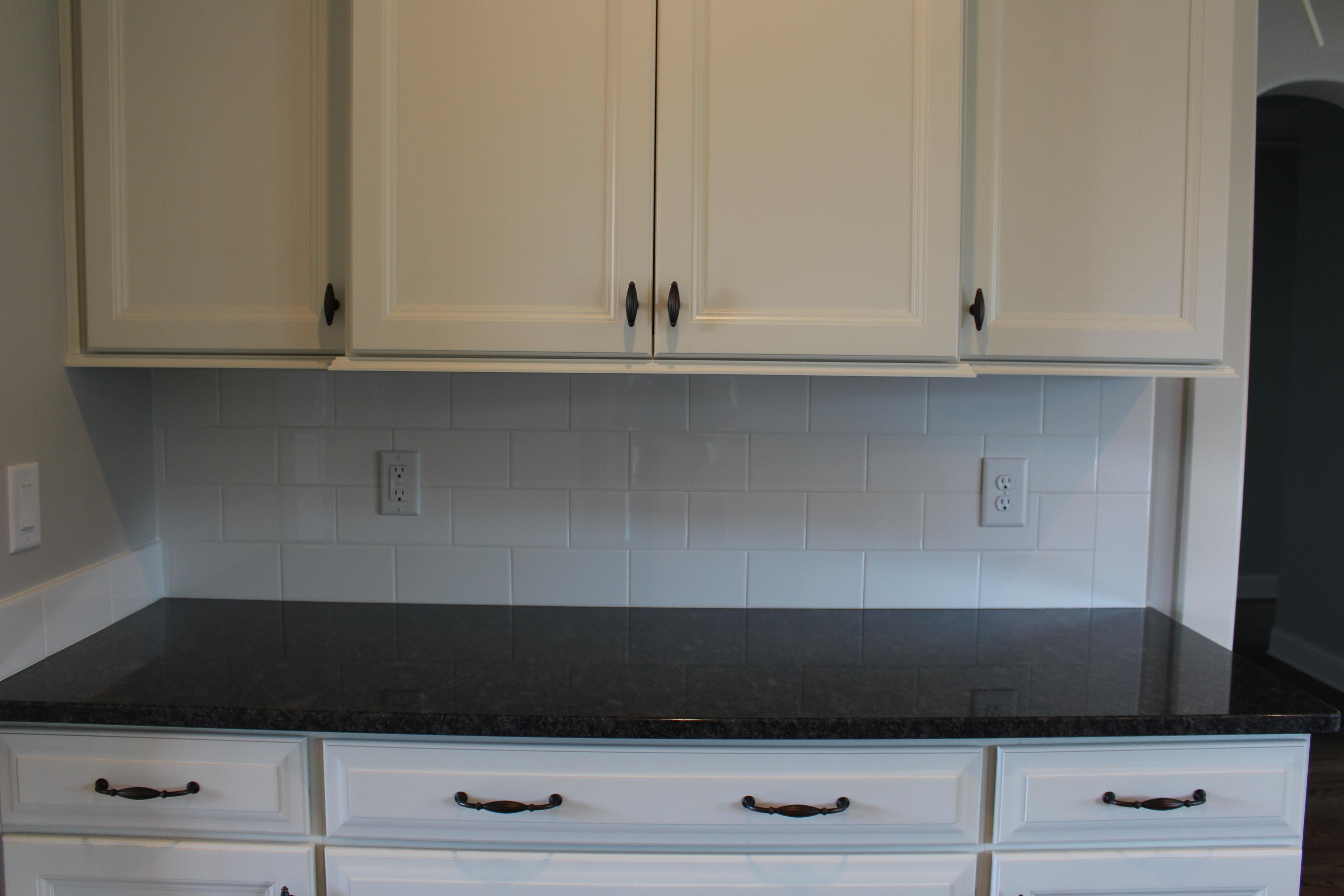 Lot 295 AR kitchen backsplash2