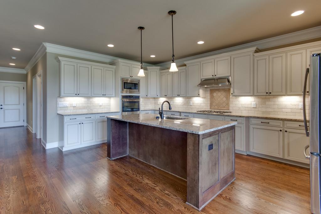 CG369-kitchen