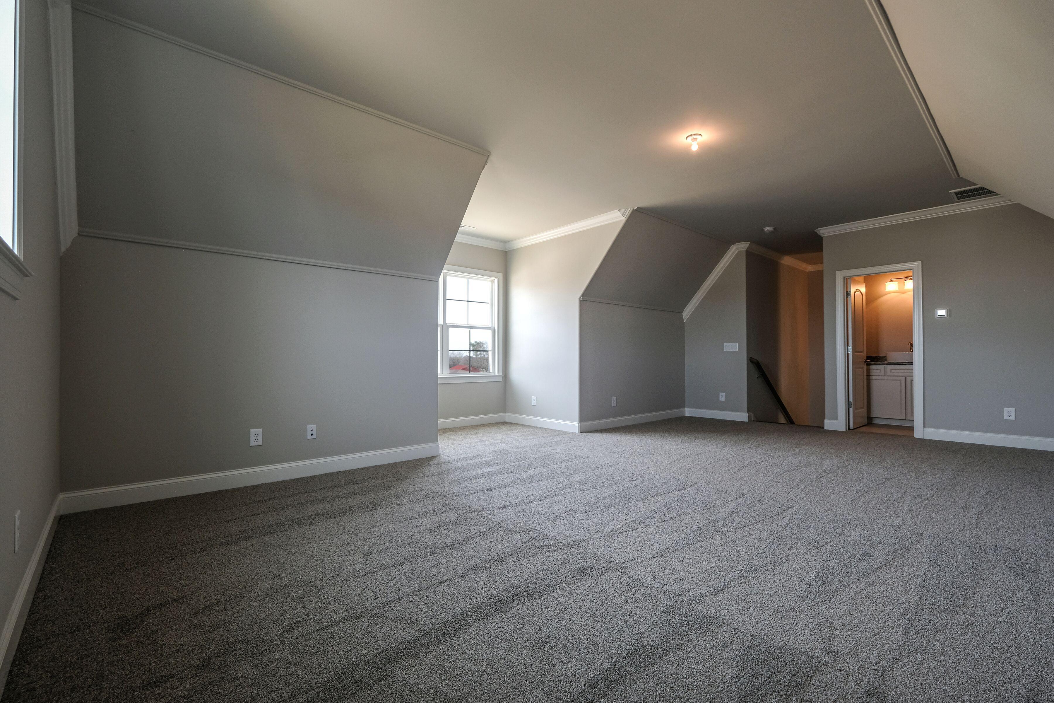 ar235-bonus room