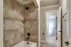 J-J bathroom-182AR