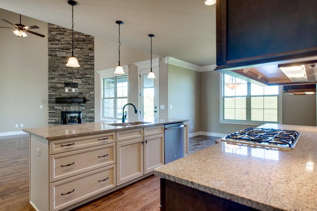 kitchen-family room-172AR