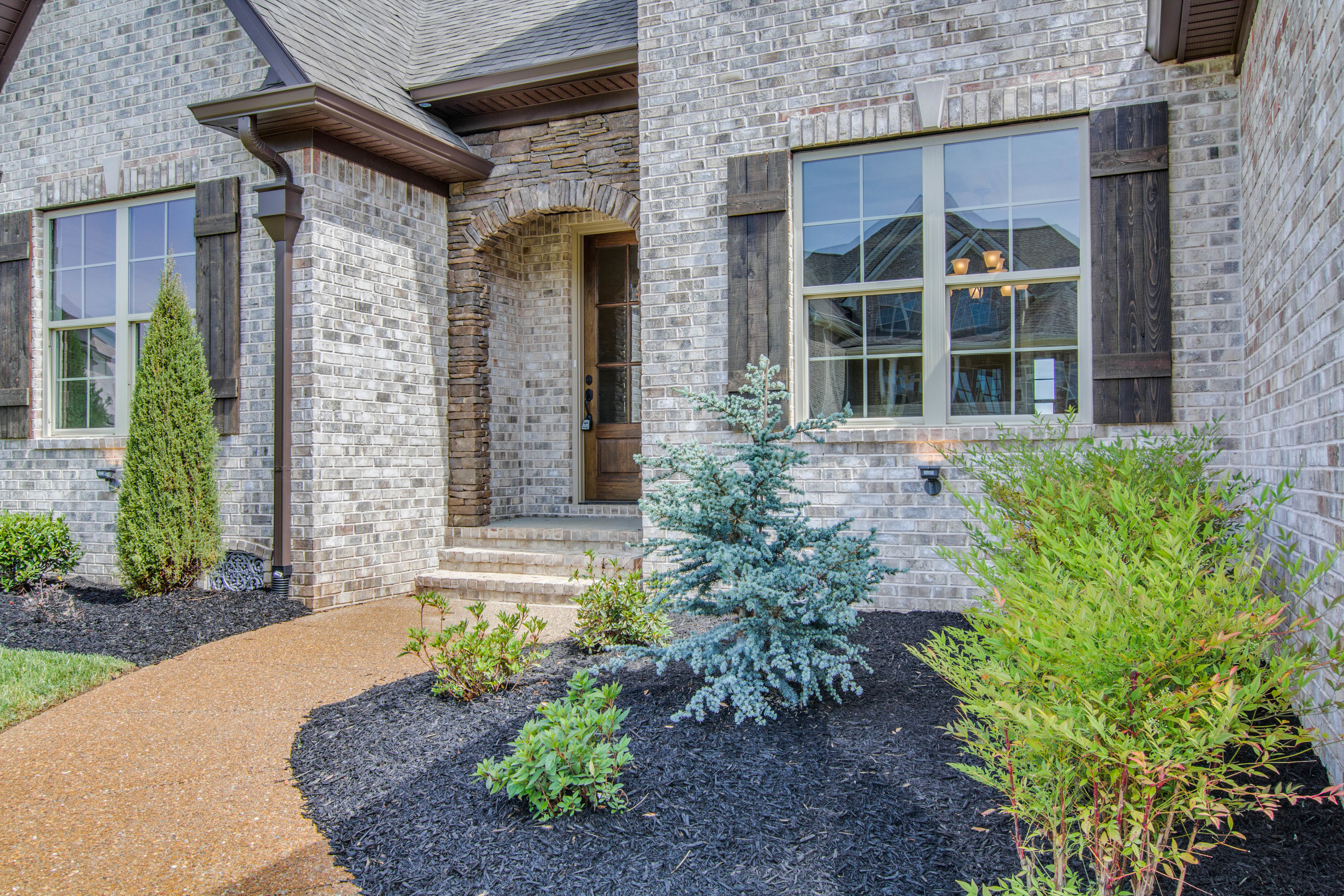 Lot 329 CG front entry landscape