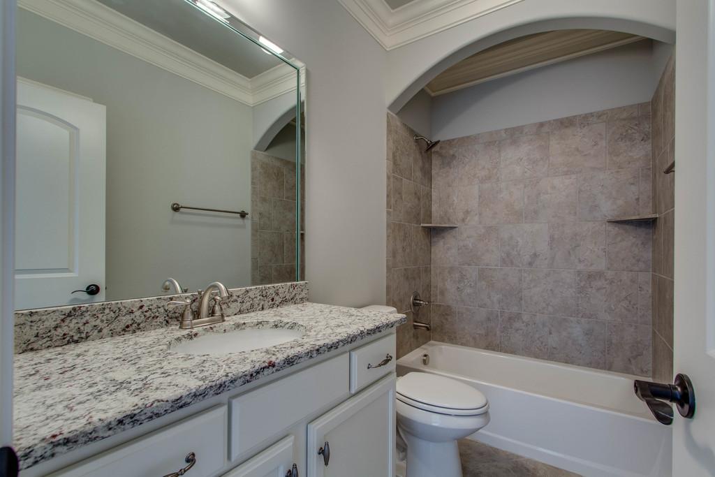 guest bath Lot 372 CG