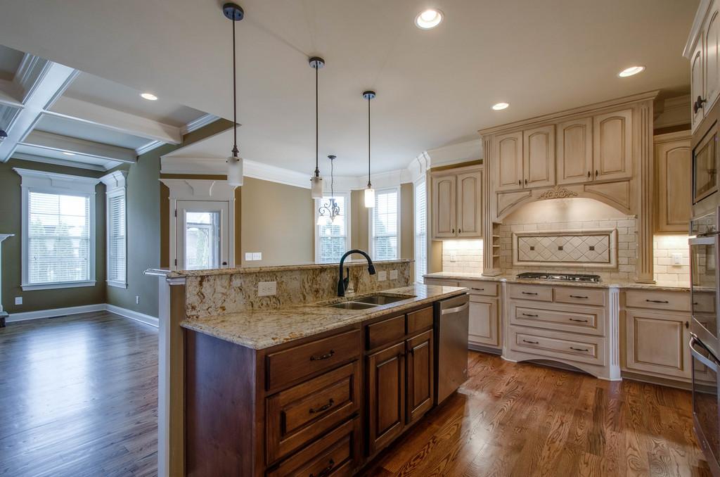 kitchen Lot 103 AB