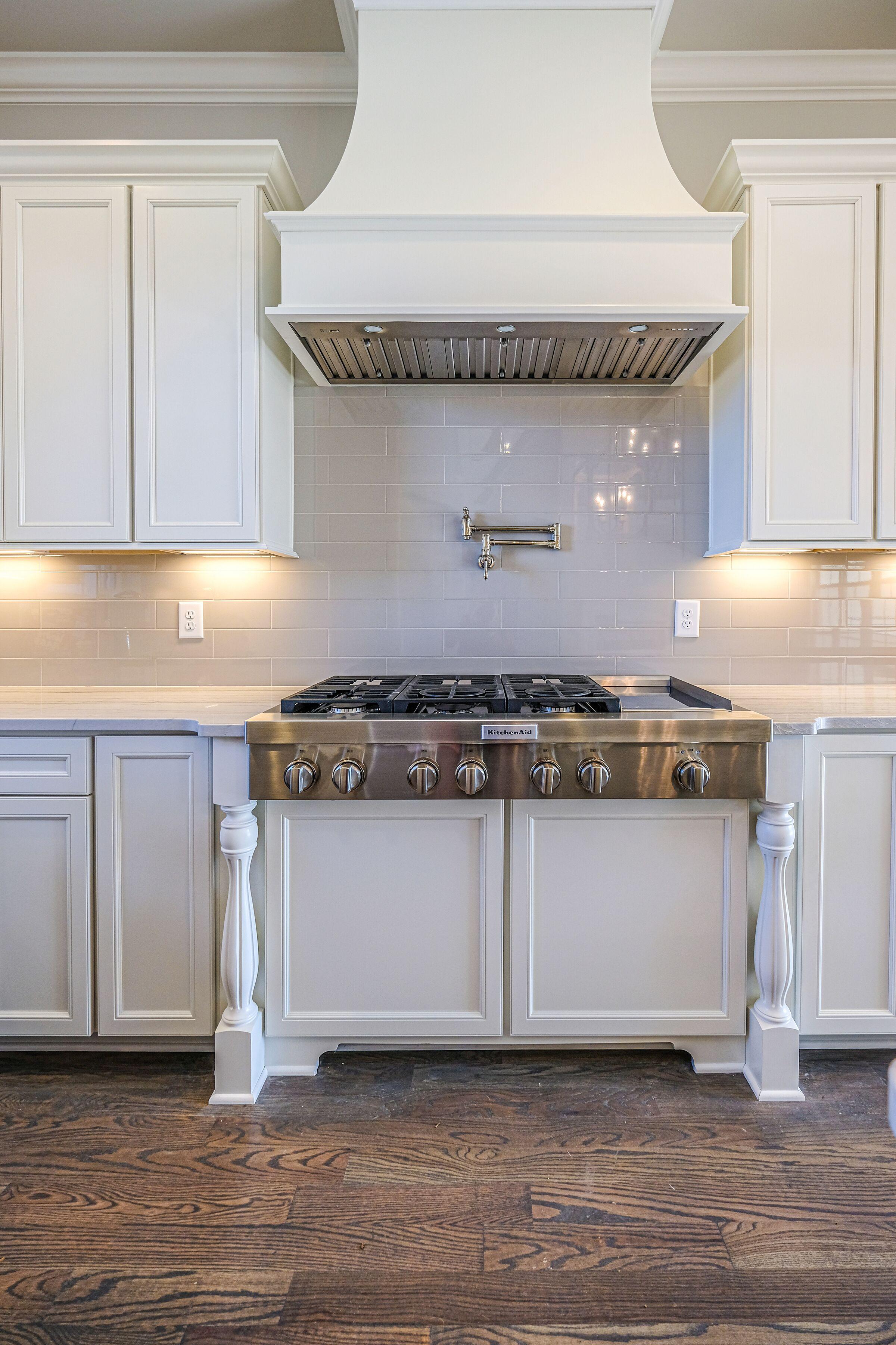 ar235-kitchen cooktop