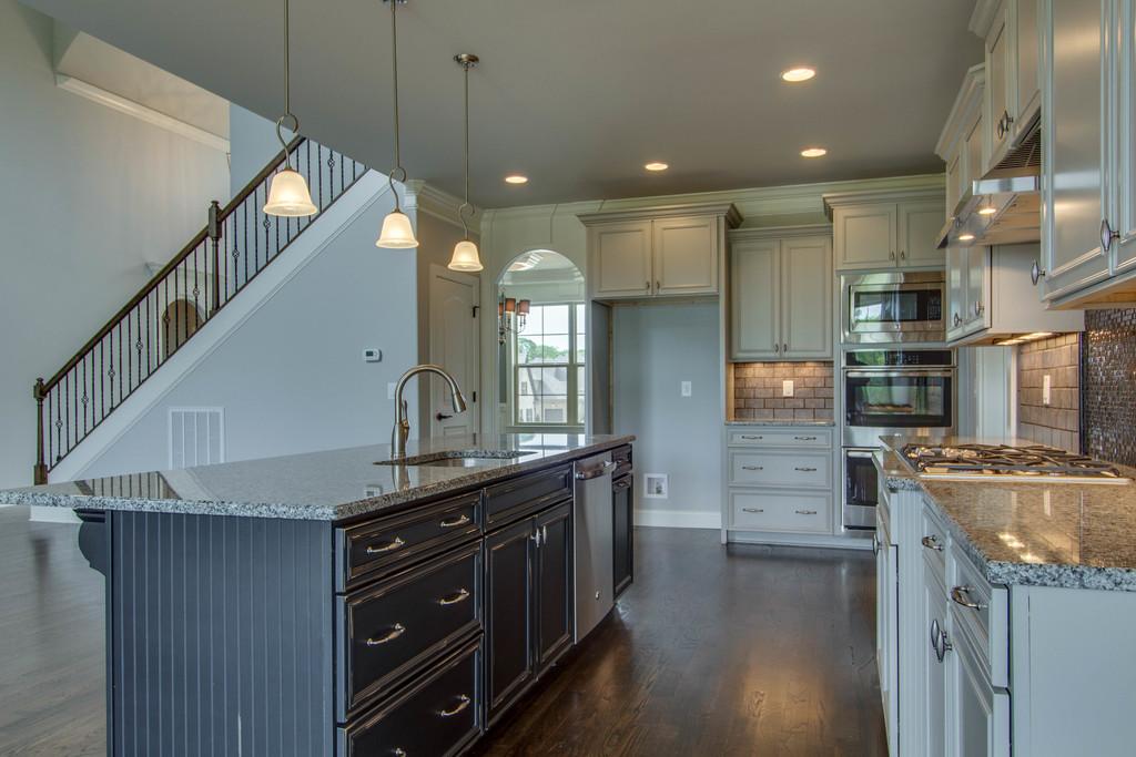 kitchen-island Lot 372 CG