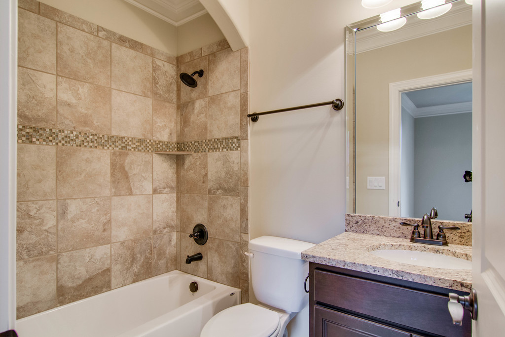guest bath-tub-tile-182AR