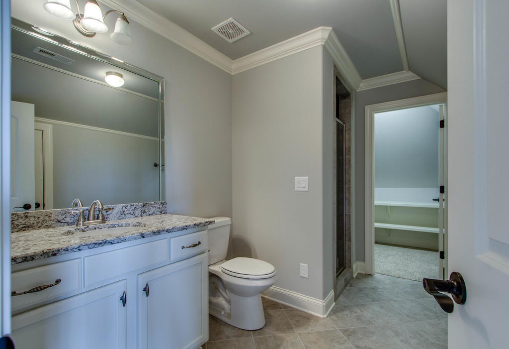 up guest bath Lot 372 CG