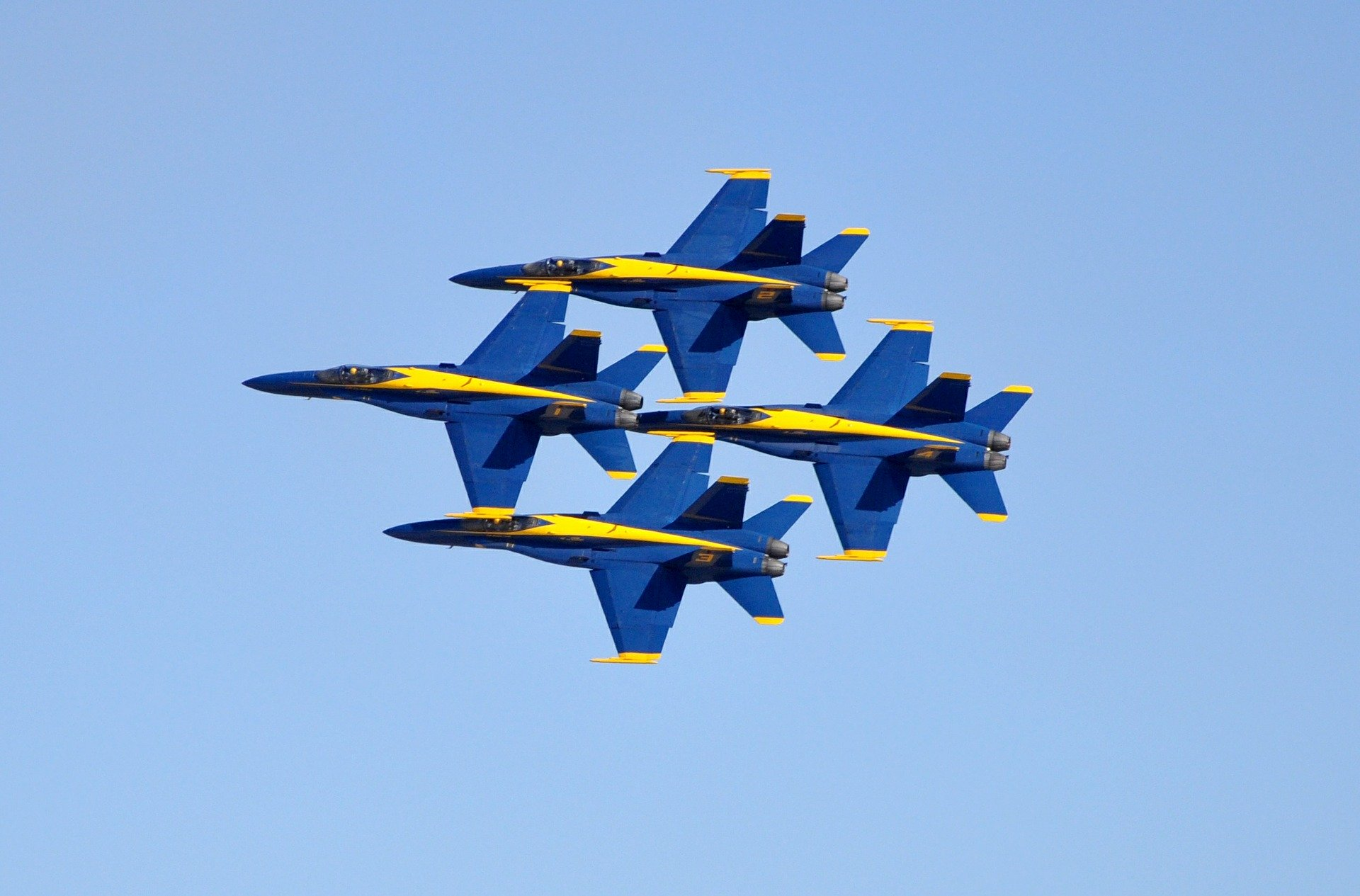 blue-angels-485331_1920 (1)