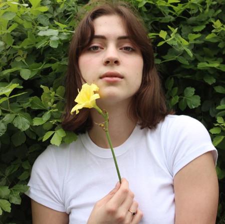 Lizzy McAlpine - Interview