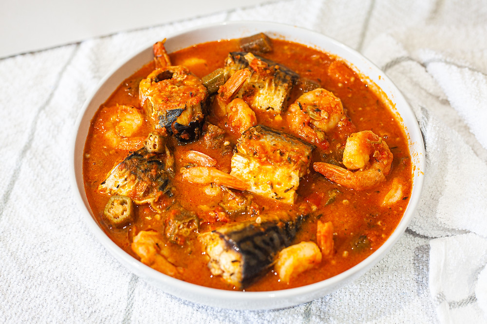 (Can be consumed on its own or with a swallow/solid, e.g. amala, pounded yam, eba.  Recommended swallow size: 100g dry weight.)