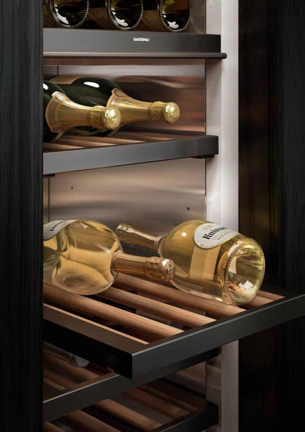 Gaggenau Weinkühler mit Wein