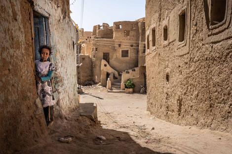 Mädchen in der Altstadt von Siwa, Ägypten