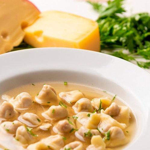 Zuppa di Capeletti