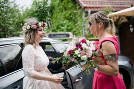 Ich kümmere mich persönlich um jede Braut, damit alles perfekt ist, wenn es losgeht...