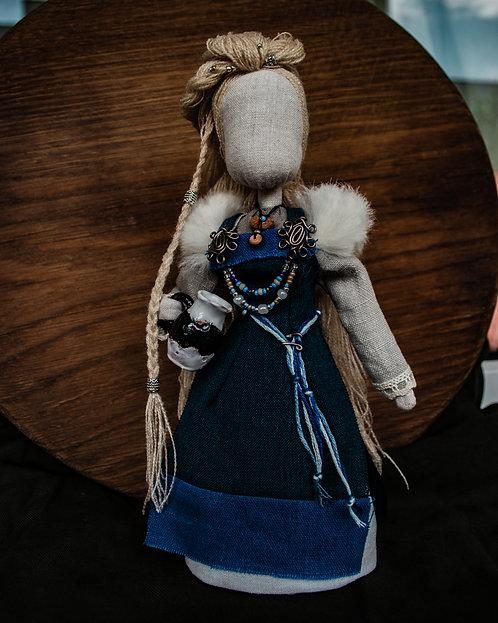 Drífa Viking doll