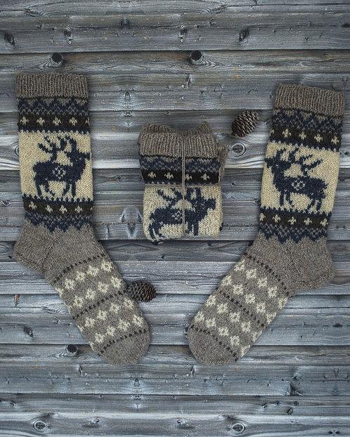 Socks with a Nordic deer