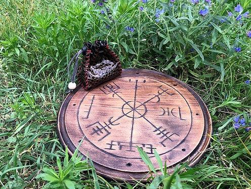 Vegvisir altar - runic compass