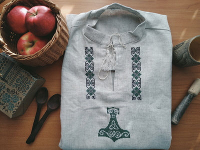 Thor's hammer green embroidery shirt