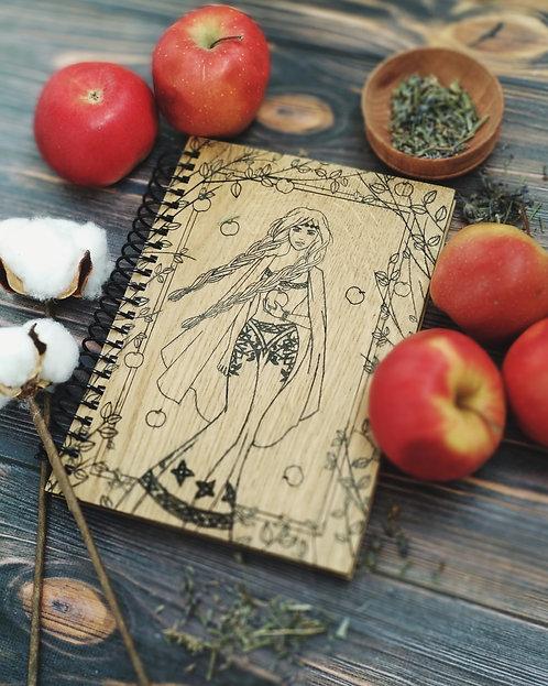 Wooden notebook Idunn's apples