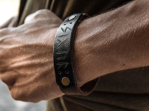 Bracelet runic